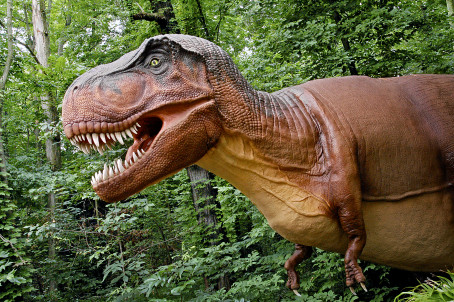 Parken Zoo introducerar dinosaurier